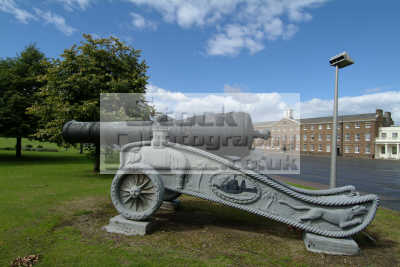 cannon royal artillery barracks british army armies uk military militaries greenwich london cockney england english angleterre inghilterra inglaterra united kingdom