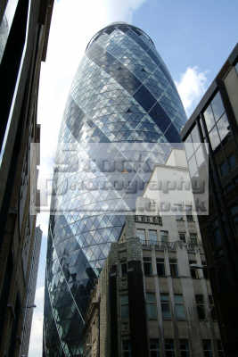 gherkin city london famous sights capital england english uk sir norman foster swiss cockney angleterre inghilterra inglaterra united kingdom british