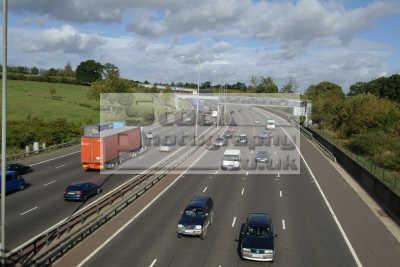 m25 motorway uk highways roads motoring driving motor cars automobiles transport transportation traffic buckinghamshire bucks england english angleterre inghilterra inglaterra united kingdom british