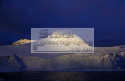 antarctic coast mist antarctica polar natural history nature misc. south pole cold ice antarctican