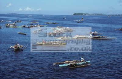 badjao tau-laut tau laut taulaut sea gypsies isabela harbour basilan strait island mindanao philippines. indiginous people asian travel phillipines pacific oceanic oceans philippines philippino