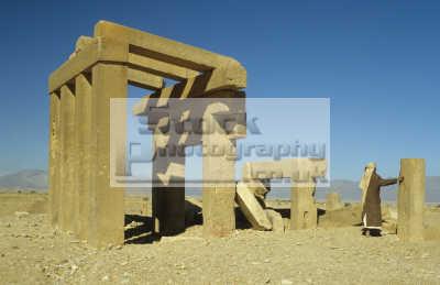 temple athtar attar banat ma ancient qarnaw ramlat sab atayn ar rub al khali yemen. african archeology archeological travel yemen africa yemeni