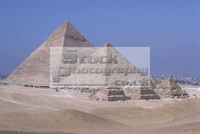 pyramids subsidiary queens giza cairo egypt african archeology archeological travel history histoical ancient egyptian