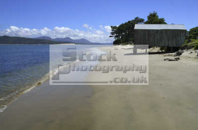 beach hut omapere nz west coast hokianga pacific travel sea oceanic oceans new zealand kiwi
