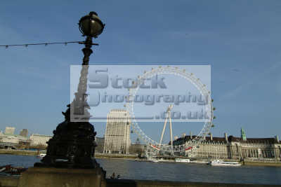 london eye seen whitehall stairs victoria embankment lamp standard famous sights capital england english uk westminster cockney angleterre inghilterra inglaterra united kingdom british