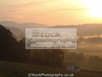early morning mist lifts sun rises late autumn nithsdale seasons seasonal environmental uk misty autumnal sunrise dawn nature natural image dumfries galloway dumfrieshire dumfriesshire scotland scottish scotch scots escocia schottland united kingdom british