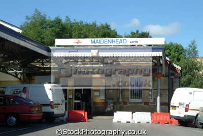 maidenhead station uk railway stations railways railroads transport transportation commuting berkshire england english angleterre inghilterra inglaterra united kingdom british