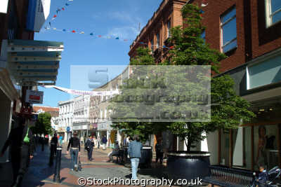 maidenhead high street south east towns southeast england english uk shopping berkshire angleterre inghilterra inglaterra united kingdom british