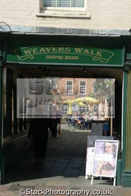 newbury weavers walk shopping arcade south east towns southeast england english uk berkshire angleterre inghilterra inglaterra united kingdom british