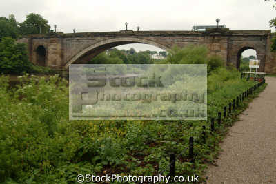 chester grosvenor bridge river dee uk rivers waterways countryside rural environmental cestrian cheshire england english angleterre inghilterra inglaterra united kingdom british