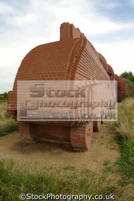darlington life size train sculpture david mach red house bricks corporate art arts misc. bricklaying durham england english angleterre inghilterra inglaterra united kingdom british