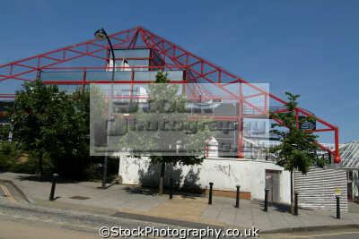 milton keynes pyramid building midlands england english uk buckinghamshire bucks angleterre inghilterra inglaterra united kingdom british