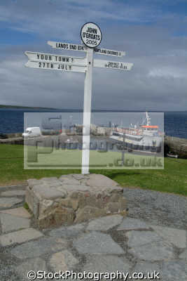 john groats signpost northerly town mainland britain uk coastline coastal environmental highlands islands scotland scottish scotch scots escocia schottland great united kingdom british