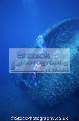 babs jackson diving umbria wreck port sudan wingate reefs sudanese red sea. indian ocean. 10 070 tons scuttled 12/06/1940 12 06 1940 12061940 built 1912 hamburg bahia blanca 155 18 10.5 10 5 105 metres wrecks seascapes scenery scenic underwater marine africa
