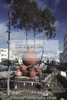 sculpture cum water fountain earthenware flasks flows fridays ali abdolmoghni street sana yemen arab republic middle east travel arabia africa yemeni