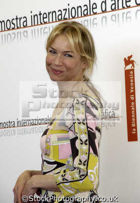 rene zellweger hollywood actress actresses female thespian celebrities celebrity fame famous star people persons movies white caucasian portraits united kingdom british