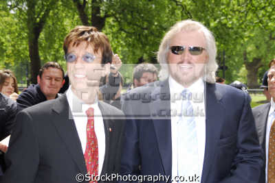 robin barry gibb famous brothers formed chart topping band bee gees singer songwriters pop stars celebrities celebrity fame star people persons portraits united kingdom british