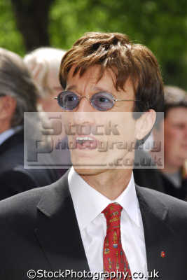 robin gibb bee gees male singers vocalist pop stars celebrities celebrity fame famous star people persons portraits united kingdom british