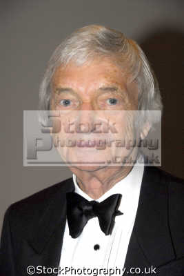 richie benaud obe tv cricket commentator pundit presenters television celebrities celebrity fame famous star people persons costumes united kingdom british