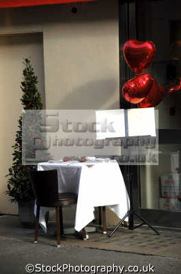 valentines scene outside cafe soho london food nourishment nutrients abstracts misc. table romantic tablecloth westminster cockney england english great britain united kingdom british