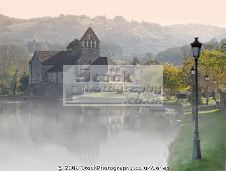 early morning autumn mist dordogne beaulieu corrèze france. french landscapes european travel chapelle des pénitents sunrise correze river mirror reflection limousin france la francia frankreich europe