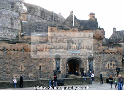 edinburgh castle east gate. scottish castles british architecture architectural buildings uk esplanade royal mile scotland lothian midlothian central scotch scots escocia schottland great britain united kingdom