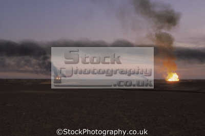 large gas flares burning excess algerian oilfield african travel sonatrach hassi messaoud algeria africa