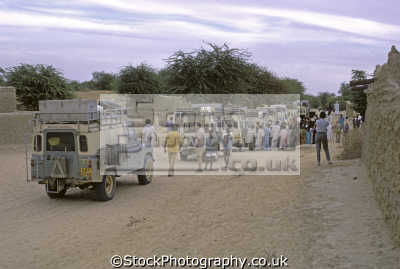 land rovers village south gao mali. rover rear ton series iia model rest straight forward iii station wagons. africa off-road off road offroad motoring driving motor cars automobiles transport transportation uk wagon g... mali