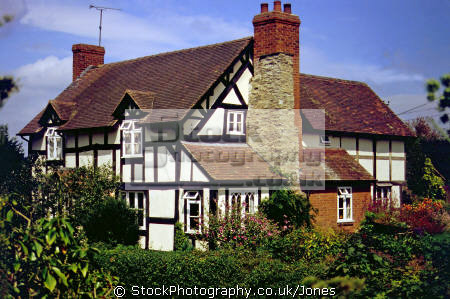 cottage town weobley herefordshire. uk country houses homes british housing dwellings abode architecture architectural buildings tudor elizabethan half-timbered half timbered halftimbered frame house mediaeval herefordshire england english great britain united kingdom
