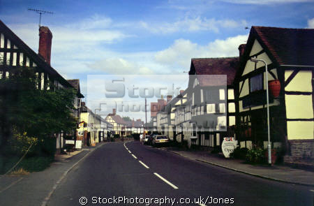street weobley herefordshire. half timbered buildings historical uk history british architecture architectural tudor elizabethan half-timbered half timbered halftimbered frame house mediaeval herefordshire england english great britain united kingdom