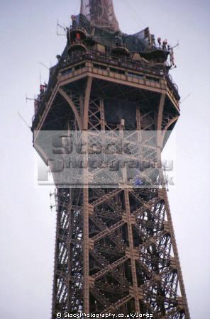 eiffel tower paris. french buildings european travel france left bank tour engineering iron industrial paris parisienne la francia frankreich europe
