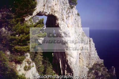 arco naturale isle capri southern italy italian european travel campania bay naples napoli italien italia italie europe