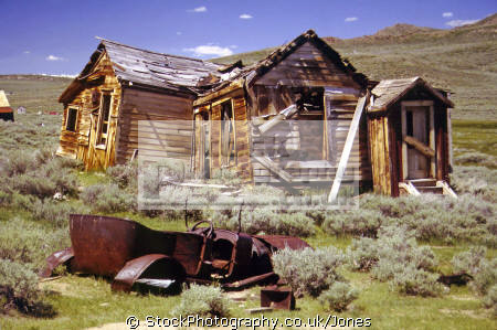 ok ll throw car ... abandoned house ghost town bodie california. california american yankee travel humorous humourous humour sagebrush dilapidated silver minerals derelict mono lake lee vining californian usa united states america