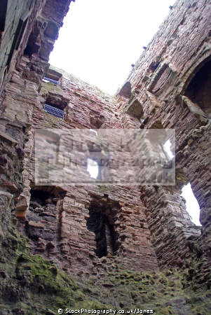 mid tower tantallon castle near dunbar east lothian scotland scottish castles british architecture architectural buildings north berwick bass rock seacliff edinburgh sandstone oliver cromwell mary queen scots hdr central scotch escocia schottland united kingdom