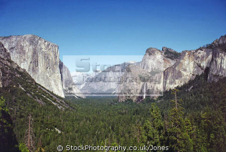 yosemite valley panorama tunnel view including el capitan half dome bridalveil falls. california american yankee travel john muir merced river granite exfloration hanging sierra navadas glacier californian usa united states america