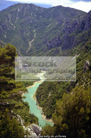 gorge du verdon provence cote azur riviera mediterranean south french european travel grand canyon turquoise crystal clear corniche sublime limestone provence-alpes-côte provence alpes côte provencealpescôte france la francia frankreich europe