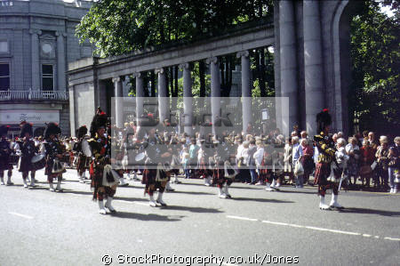 coldstream guards marching union street aberdeen military bands uk militaries bagpipes drums busby tartan kilt scottish aberdeenshire scotland scotch scots escocia schottland great britain united kingdom british