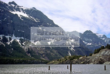 st mary lake glacier national park montana american yankee travel np rockies mountain clear transparent usa united states america