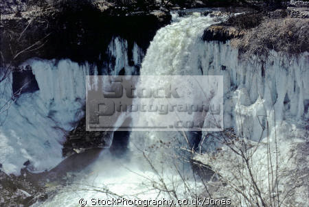 minnehaha falls minneapolis waterfalls cascade cataracts geology geological science misc. torrent creek winter minnesota water ice usa united states america american