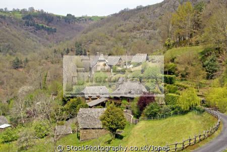 chestnut farm houses le murgat near cassaniouze averyron france french landscapes european travel midi-pyrenees midi pyrenees midipyrenees auvergne entraygues-sur-truyere entraygues sur truyere entrayguessurtruyere lot la francia frankreich europe