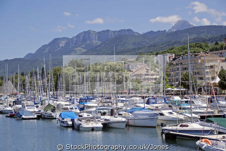 marina evian-les-bains evian les bains evianlesbains lac leman france haute-savoie haute savoie hautesavoie french landscapes european travel turquoise river rhone mineral waters resort geneva lake geneve alpine rhône-alpes rhône alpes rhônealpes la francia frankreich europe