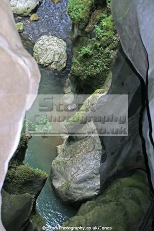 gorges du pont diable french landscapes european travel chasm river dranse morzine defile marble erosion cliffs devils bridge alpine rhône-alpes rhône alpes rhônealpes france la francia frankreich europe