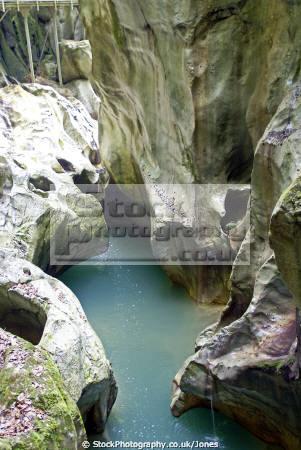 gorges du pont diable haute-savoie haute savoie hautesavoie french landscapes european travel chasm river dranse morzine defile marble erosion cliffs devils bridge alpine rhône-alpes rhône alpes rhônealpes france la francia frankreich europe