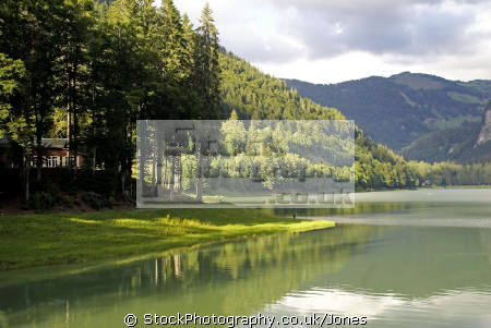 lac montriond french alps landscapes european travel glacial turquoise rock flour tranquil placid haute-savoie haute savoie hautesavoie mountains valley alpine rhône-alpes rhône alpes rhônealpes france la francia frankreich europe
