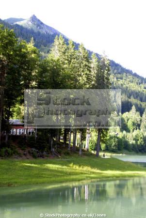 lac montriond french landscapes european travel glacial turquoise rock flour tranquil placid haute-savoie haute savoie hautesavoie mountains valley alpine rhône-alpes rhône alpes rhônealpes france la francia frankreich europe