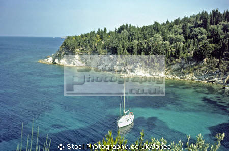 quite beach anti-paxos anti paxos antipaxos yachts yachting sailing sailboats boats marine misc. transparent turquoise crystal clear ionian greek greece europe european