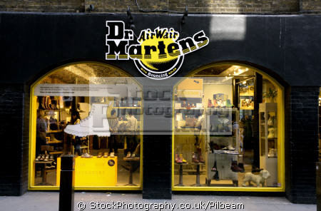 Shop for Dr. Martens Shoes for Women, Men & Kids | Dillard's at pdfprintly.ml Visit pdfprintly.ml to find clothing, accessories, shoes, cosmetics & more. The Style of Your Life.
