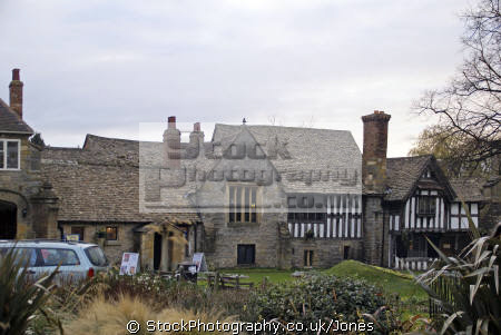 evesham almonry half timbered buildings historical uk history british architecture architectural abbey almoner poor charity benedictine alms half-timbered half timbered halftimbered elizabethan tudor oak worcestershire england english great britain united kingdom