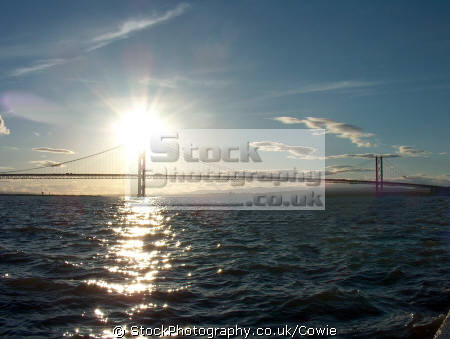 forth road bridge sunset. nr edinburgh. scotland uk bridges rivers waterways countryside rural environmental edinburgh midlothian central scottish scotch scots escocia schottland great britain united kingdom british