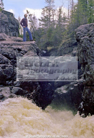 temperance river lake superior minnesota. american yankee travel northshore usa cascade waterfall highway 61 hwy great minnesota united states america